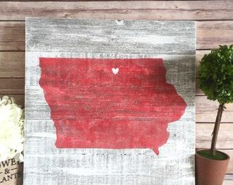 Iowa Pallet Sign - Custom Wood State Sign - Iowa State Sign