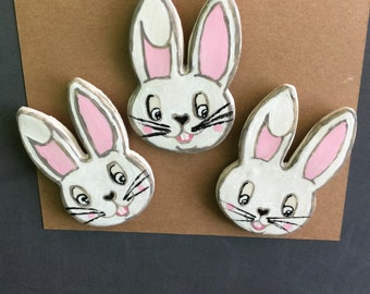 3pc hand painted bunny magnets.