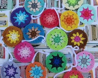 Crochet happy bunting/garland