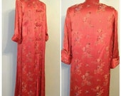 The Oriental RED ROBE Red Silk Quilted Lined Japanese Oriental Print Dressing Robe Toggle Woven Button Front Burlesque  Loungewear Medium