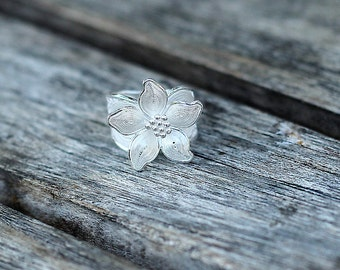 Flower ring - big