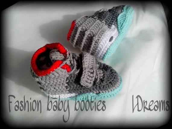 Crochet Yeezy : Yeezy 2 Baby Booties Yeezy boost NEW MODEL crochet by LDreams