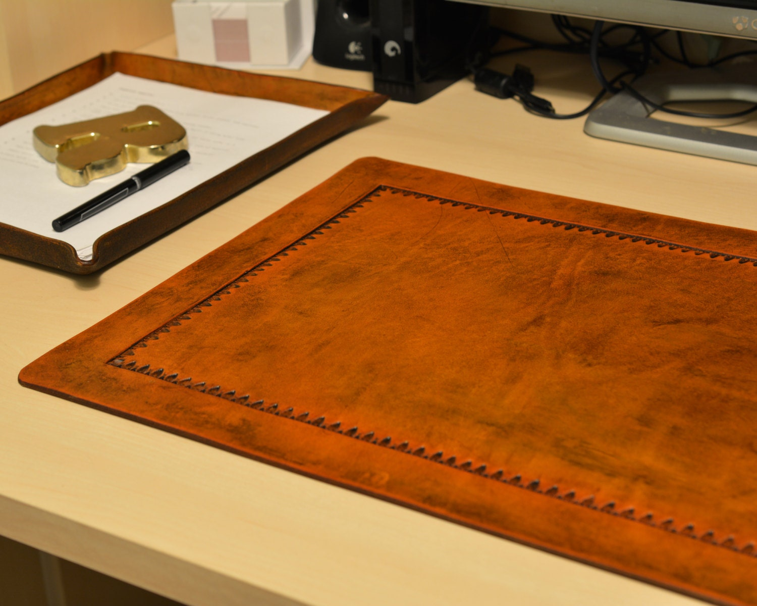 Desk Pad Office Blotter Pad In Full Grain By Wizenedoakleather