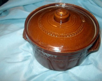 Vintage Brown Stoneware Pot w/ Lid, England, Oven Ware, WAS 25.00 - 50% = 12.50