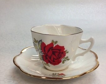 c.1940-50 Imperial English 22 kt Tea cup & Saucer