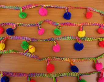 Pom pom Lace/ border/ trim/ multicolored. 20 meters.790 inches (approx).