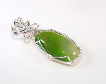 Ylona - Green Agate Pendant, Agate Jewelry, Wire Wrapped Pendant, Wire Wrapped Jewelry, Silver Pendant, Gift For Her
