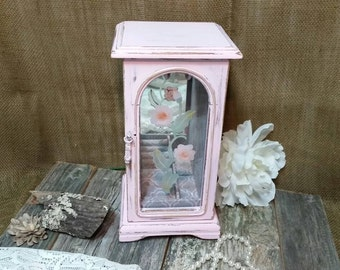 Jewelry Box, Shabby Chic Jewelry Box, Pink Jewelry Box, Vintage Jewelry Box, Pink, RobinsStudio, Shabby Chic, Recycled, Vintage Box, Rustic