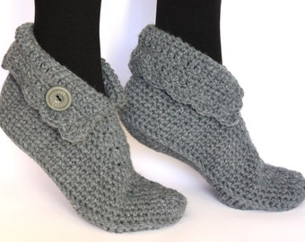 Crochet wool slippers / Wool slippers / house shoes / Elf slippers / Elf shoes /  Crocheted slippers / knitted slippers / socks