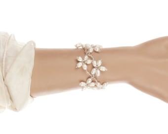 Freshwater Pearl Bracelet, Pearl Bridal Bracelet, Pearl Wedding Jewelry, Real Pearls, Floral Pearl Bracelet, Wedding Bracelet, UK Seller