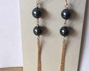 Pearl bead earring