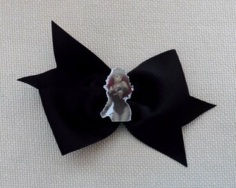 Poison Ivy Bow