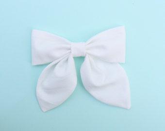 WHITE Classy Bow