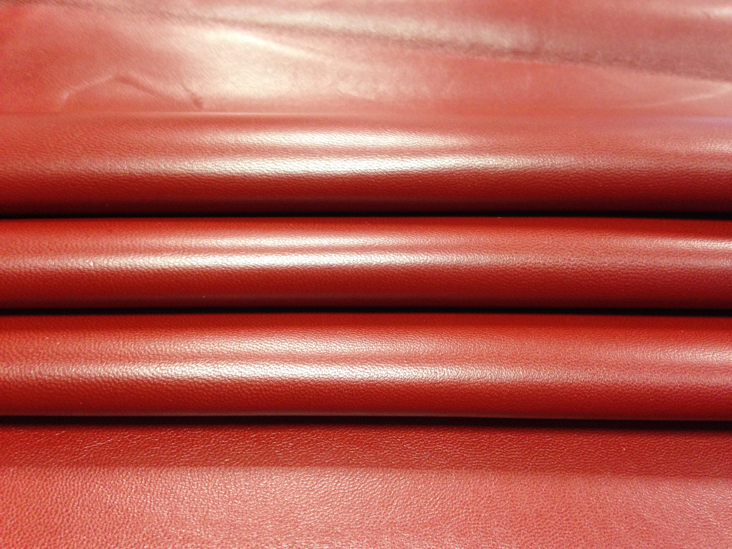 Red natural leather fabric genuine sheep lambskin leather for Red leather fabric