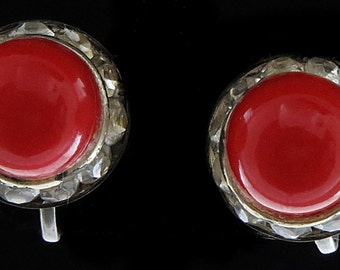 Vtg Earrings Screwback Red Glass Clear Rhinestone Surrounds Silvertone