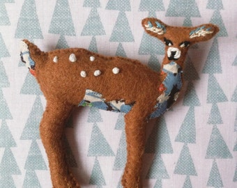 Small felt woodland heirloom deer