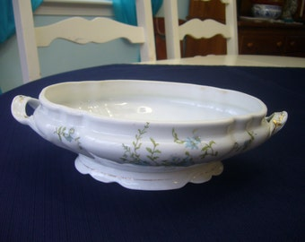 Porcelain Serving  Bowl with Handles