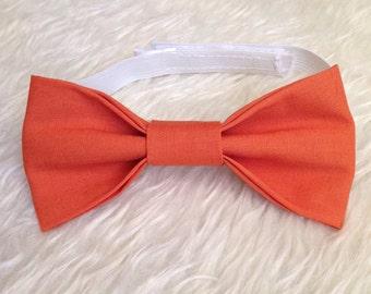 Burnt orange bow tie, orange bow tie, fall bow tie, halloween bow tie, October bow tie, Halloween attire, Halloween outfit, [BURNT ORANGE]