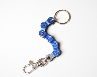 Blue Half Link Bike Chain Keychain / Gift for a Triathlete / Mens Cycling / BMX Cycling / Bicycle Keyring / Bicycle Accessories