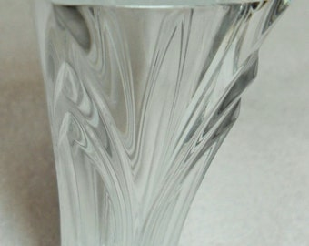 25% OFF Vintage crystal flower vase, bud vase, grooved glass vase, gift for her, Gingerslittlegems