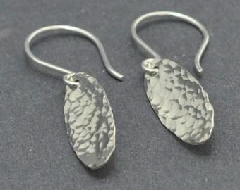 Hammered disc earrings, Textured earrings, Minimalist jewelry, Dangle earrings