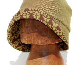 Green cloche hat| waterproof designer hat| ©ZUTamelie floral rain hat