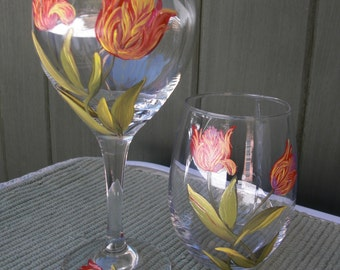 Hand painted wineglasses with Parrot Tulip design