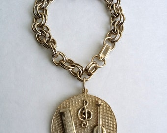 Amazing Vintage Gold Tone Harmonica Treble Clef Violin Guitar Musical Charm Bracelet