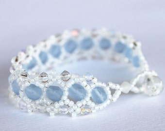 Bracelet blue and white inspireted by Snow queen