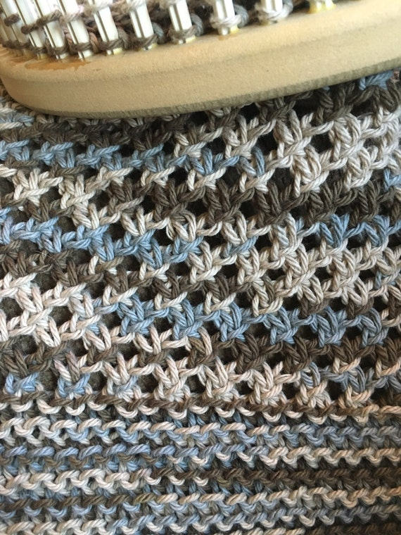 Knitting Diagonal Knot Stitch : Diagonal Knot Stitch Scarf - a loom knit pattern from DaynaScolesDesigns on E...