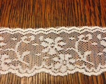 15.8 yds White Lace