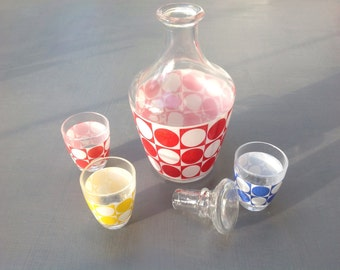 Vintage Retro Decanter and 3 shot glasses