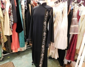 Beautiful Vintage Alfred Shaheen  size 12