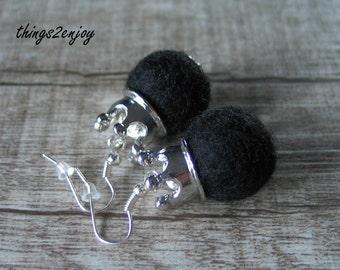 """Pierced Earrings-Filzperle """"Baroness"""""""