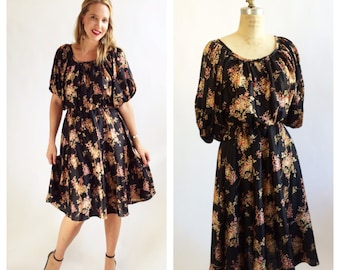 1970's blousey floral frock. Size S/M.