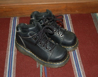 Women 5 US 3 UK Dr Martens Airwair Black Leather Boots Made in England