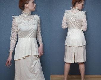 Vintage wedding dress / Bride Lace Dress / Marriage Wedding Lace Dress / Size S - M
