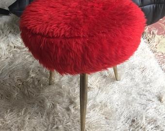 Stool vintage red fur seventies feet compass