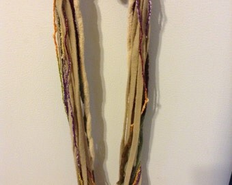 Brown multicolored yarn necklace