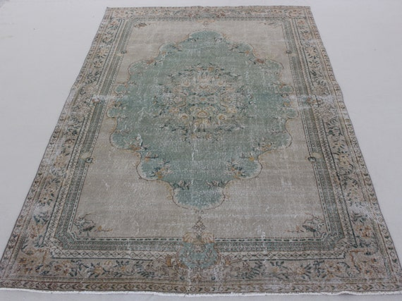 Free Shipping 6,9x10,6 feet ( 206x320 cm) Turkish Anatolian Area Rug. vintage rug.