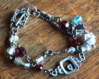 3937 - Vintage Bracelet with Swarovski and glass