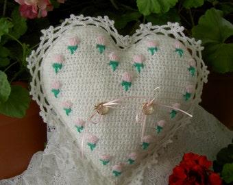 PDF Rosebud Ringbearer's Pillow crochet pattern-Wedding accessory