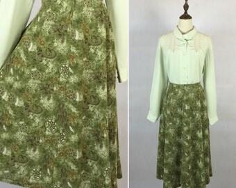30% Off Summer Sale / Vintage Green Skirt / Day Skirt / Folk Skirt / High Waist Skirt / Made in Japan / Size Medium