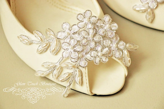 Bridal Lace Shoe Clips , Shoe Clips, lace shoe clip, bridal shoe clips,wedding shoe clips,vintage wedding