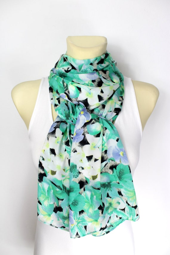 Gift for Mom Boho Floral Scarf Satin Silk Scarf Womens Fashion Scarf Floral Print Scarf Mothers Day Gift from Daughter Spring Celebrations