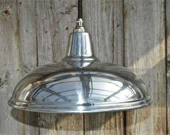 Stylish Modernist styled polished metal ceiling light NASR4