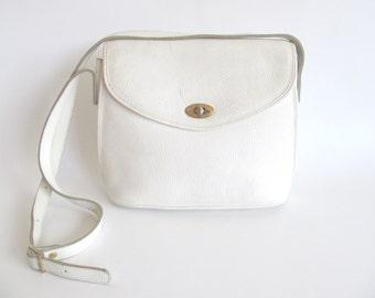 80s • Vintage • Leather Bag • Crossbody Bag • Leather Purse • White Leather Bag • White Bag • White Leather Purse • White Crossbody Bag