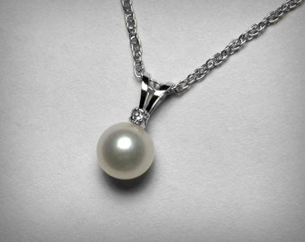 Diamond Pearl Necklace, 14K Pearl Necklace, Genuine Freshwater Pearl Pendant, Solitaire Diamond, 14K White Gold, Bridal Wedding Jewelry