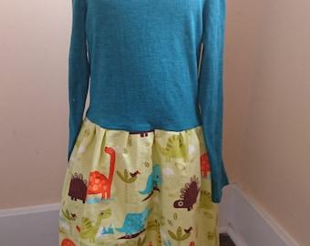Dinosaur Dress - Long Sleeved Green Twirly T-shirt Party Dress - size 4/5
