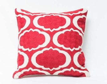 Pillow embroidered in Pure Wool